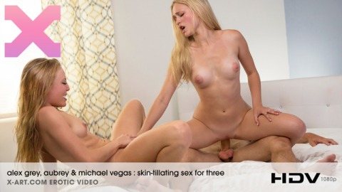 Skin-Tillating Sex For Three